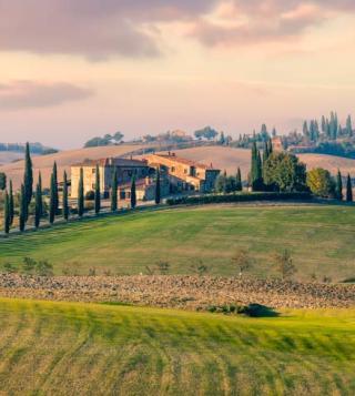 sunny-countryside-tuscany