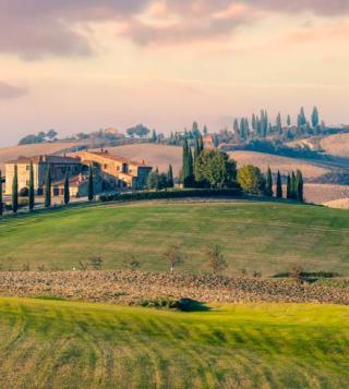 Campagna soleggiata in Toscana